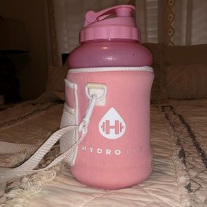 Accessories - Pink Hydrojug with Sleeve